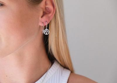 Creoles now fashionable again - the trend from the 90s is back