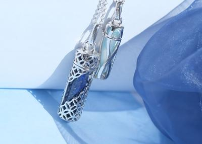 Jewellery in the trend colour blue